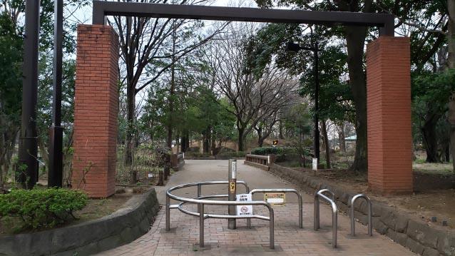 井草森公園-東北口ゲート