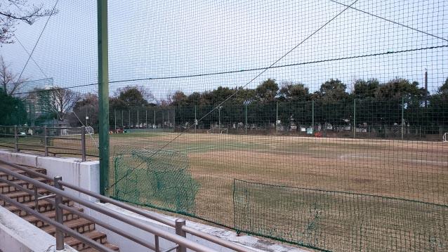 井草森公園-西口から見える運動場
